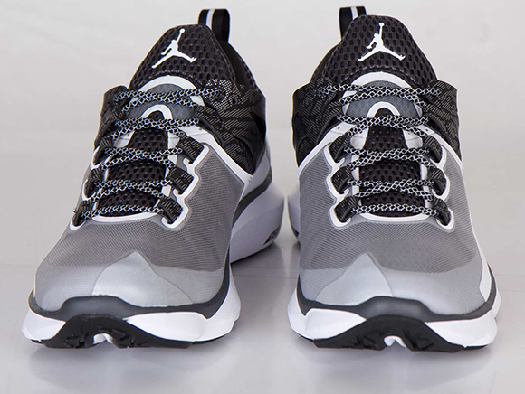 Jordan Flight Runner White Black Anthracite