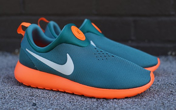 nike new roshes