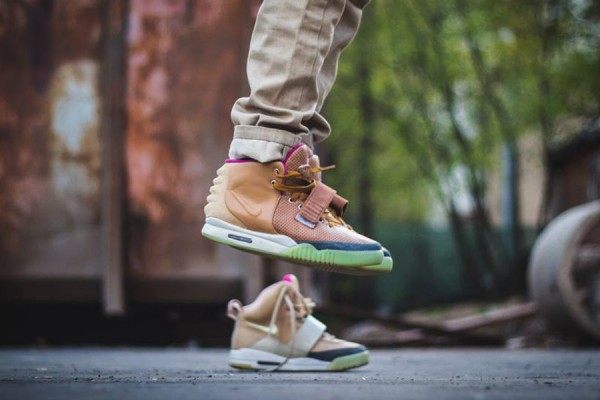 nike-air-yeezy-2-net-custom-2