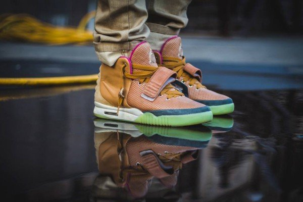 nike-air-yeezy-2-net-custom-4