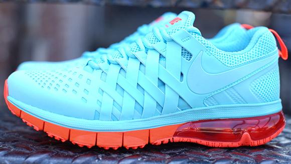 Nike Fingertrap Max NRG Polarized Blue Total Crimson