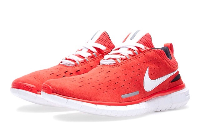 nike-free-og-superior-light-crimson-black-white-1