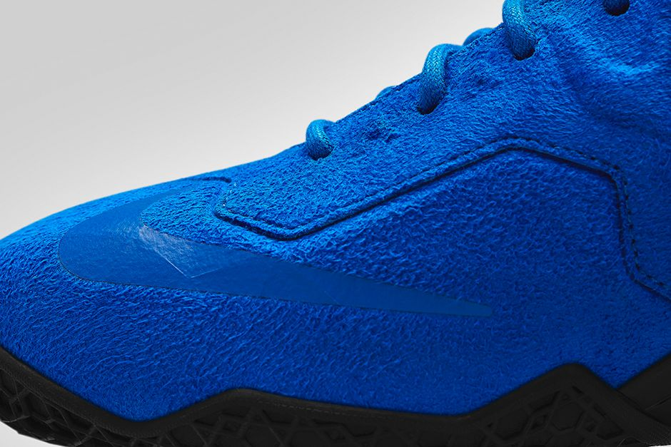nike-lebron-xi-11-ext-suede-game-royal-black-release-date-info-3