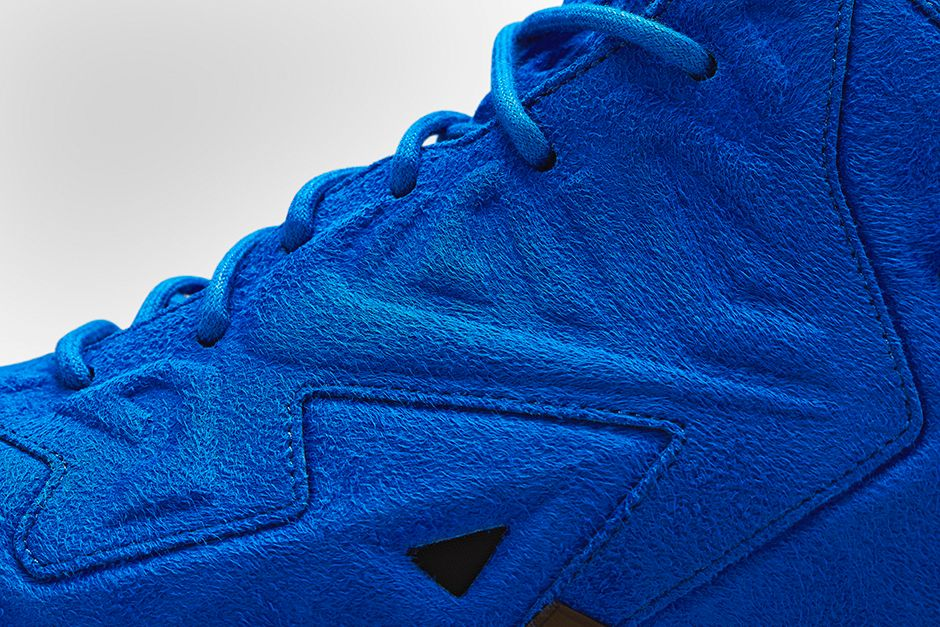 nike-lebron-xi-11-ext-suede-game-royal-black-release-date-info-4