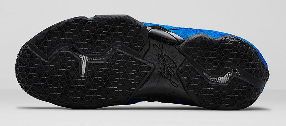 nike-lebron-xi-11-ext-suede-game-royal-black-release-date-info-8