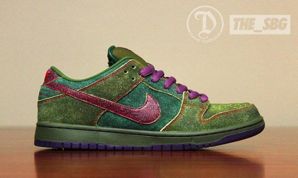 nike-sb-dunk-low-skunk-custom-1