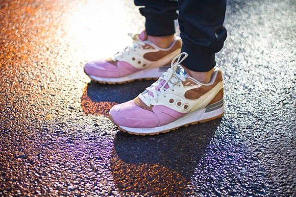 Extra Butter x Saucony Shadow Master Space Snack