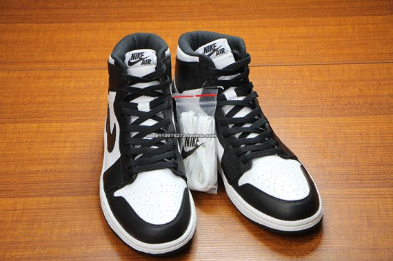 air-jordan-1-high-og-black-white-3