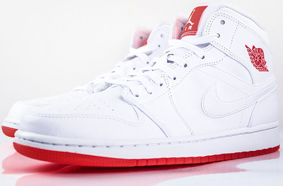 Air Jordan 1 Mid White/Infrared 23