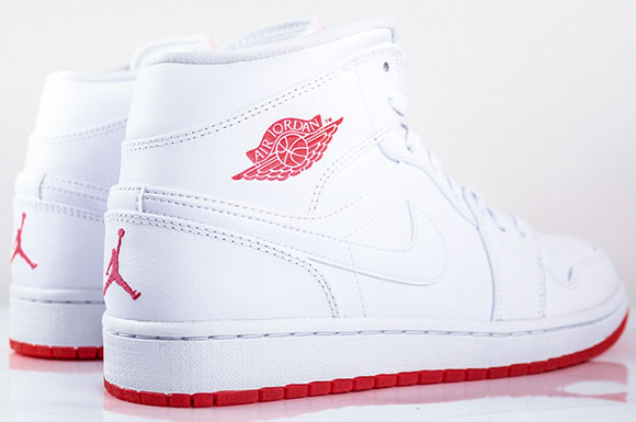 Air Jordan 1 Mid White/Infrared 23