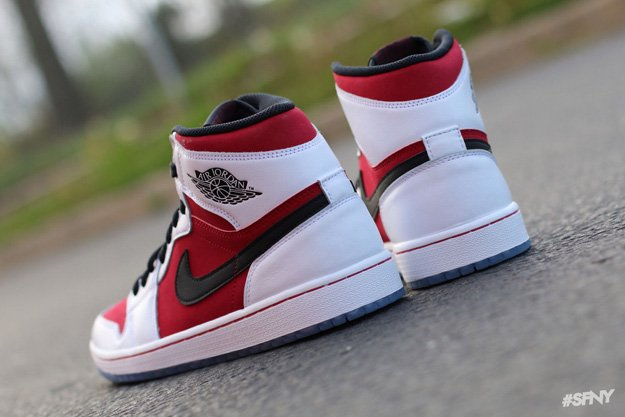 air-jordan-1-retro-high-og-white-black-carmine-new-images-4