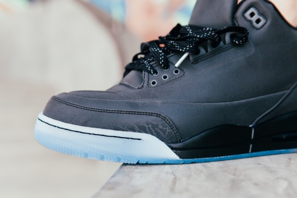air-jordan-5lab3-black-black-clear-on-foot-images-4