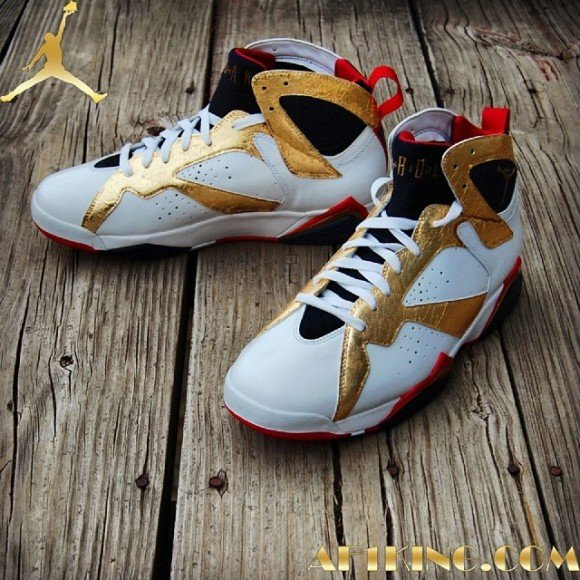 air-jordan-7-first-class-in-flight-meal-customs-by-gourmet-kickz
