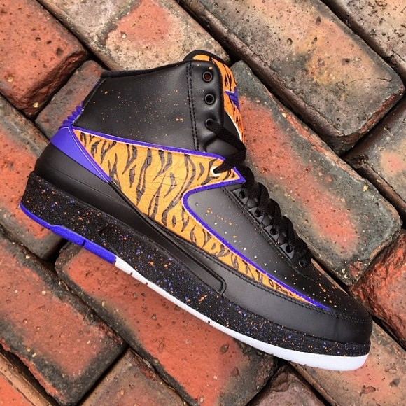 air-jordan-ii-2-space-tiger-customs-by-v-a-b