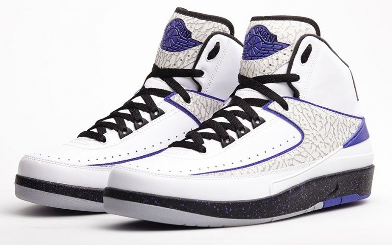 air-jordan-ii-2-white-dark-concord-black-wolf-grey-footlocker-release-details-1