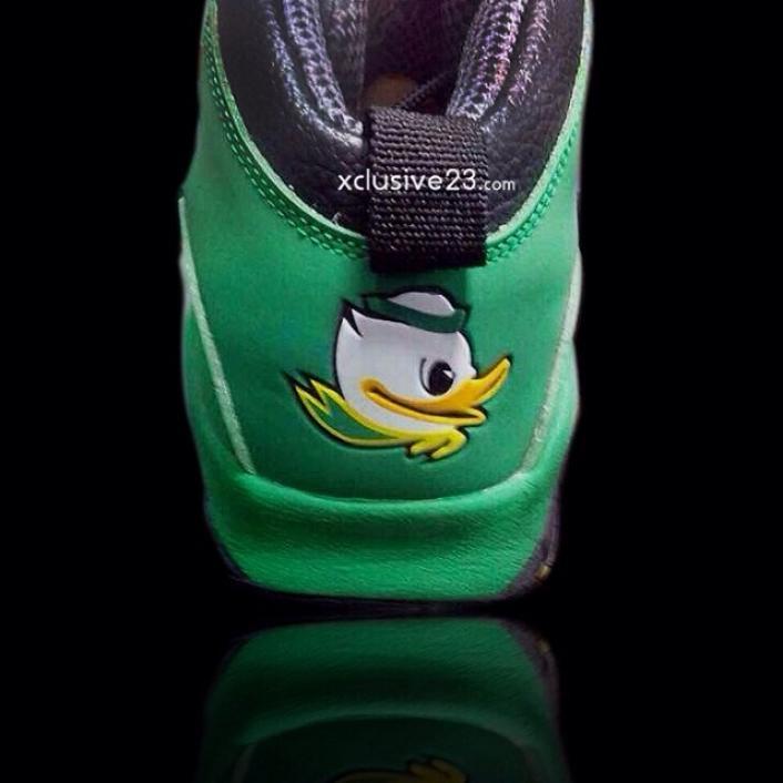 air-jordan-x-10-oregon-ducks-2