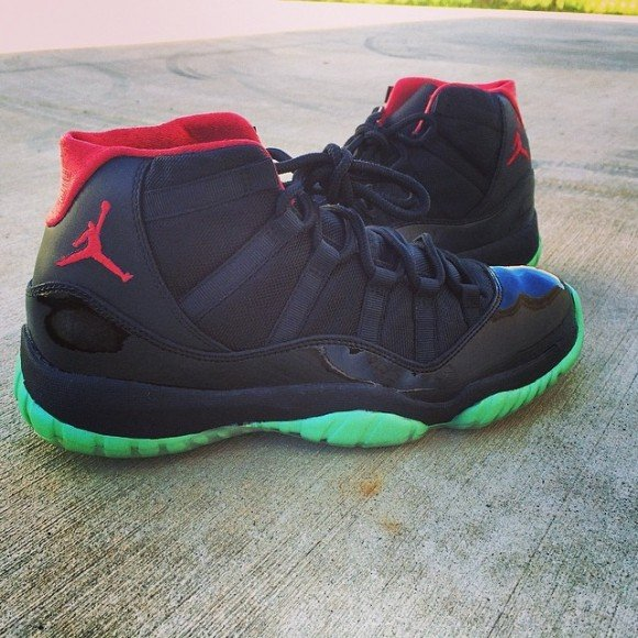 air-jordan-xi-11-black-solar-customs-by-v-a-b