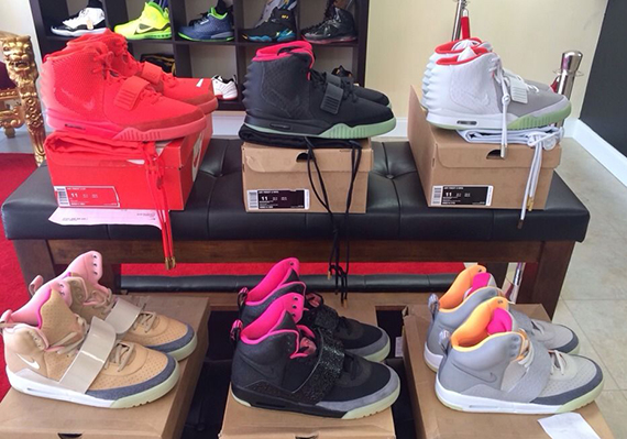 complete-nike-air-yeez-set-available-1