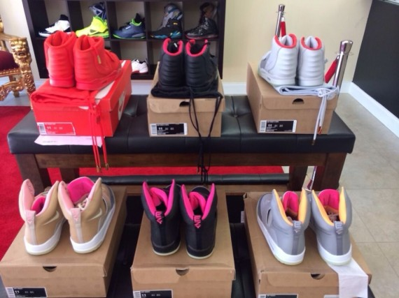 complete-nike-air-yeez-set-available-3