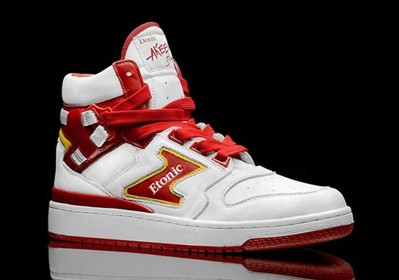 etonic-to-retro-hakeem-olajuwon-akeem-the-dream-this-summer-4