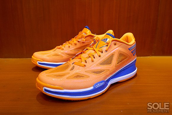 Knicks adidas Crazy Light 3 Low