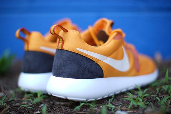 Kumquat Nike Roshe Run HYP