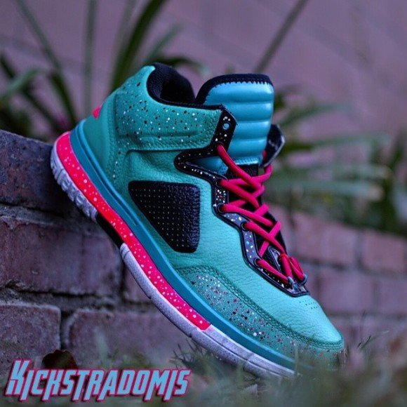 "Li-Ning Way of Wade ""Miami Vice"" Customs by Kickstradomis"