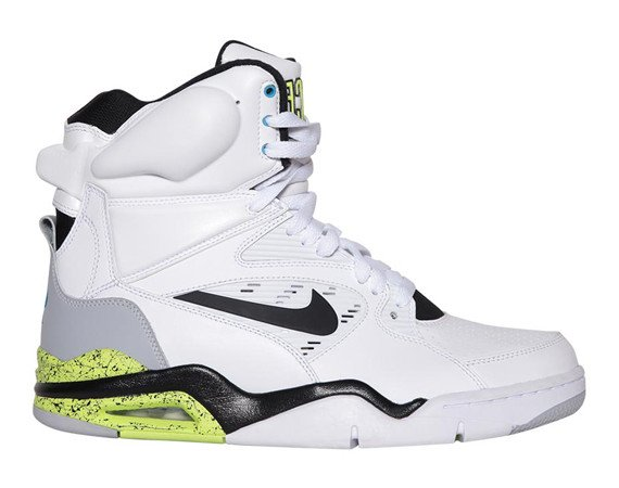 nike-air-command-force-og-new-images-1