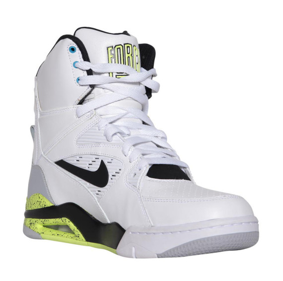 nike-air-command-force-og-new-images-2