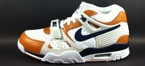 Nike Air Trainer III Medicine Ball is Returning