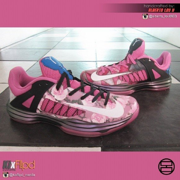 2013 hyperdunks pink nike hyperdunk low