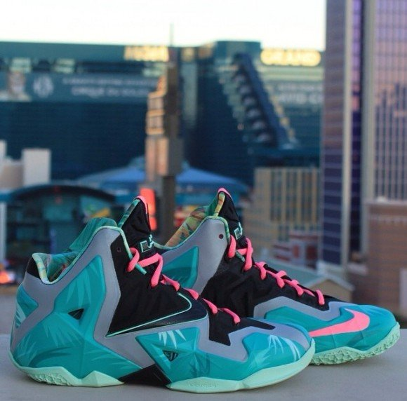 nike-lebron-11-vice-city-customs-by-shoekings-las-vegas