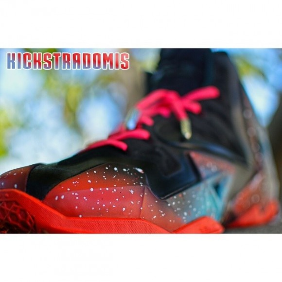 nike-lebron-xi-11-reverse-miami-nights-customs-by-kickstradomis