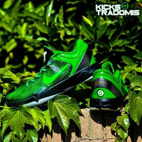 nike-zoom-kobe-vii-7-green-lantern-customs-by-kickstradomis