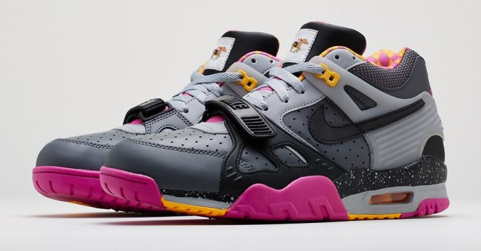 release-reminder-nike-air-trainer-ii-prm-bo-knows-horse-racing-1