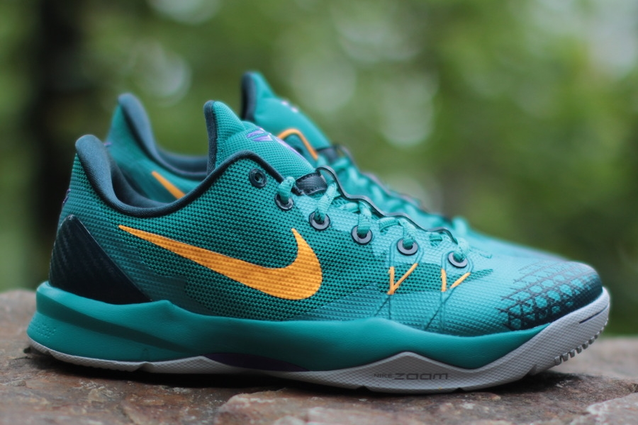 release-reminder-nike-kobe-venomenon-4-turbo-green-atomic-mango-nightshade-2