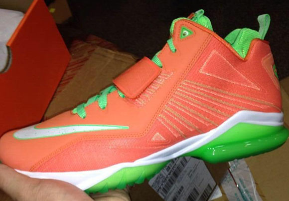 Turf Orange Nike Zoom CJ Trainer 2