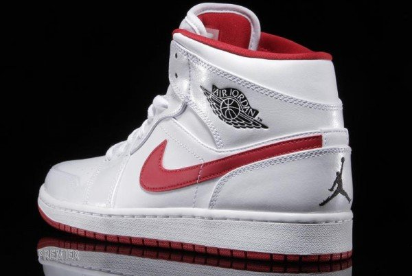air-jordan-1-mid-white-black-gym-red-3