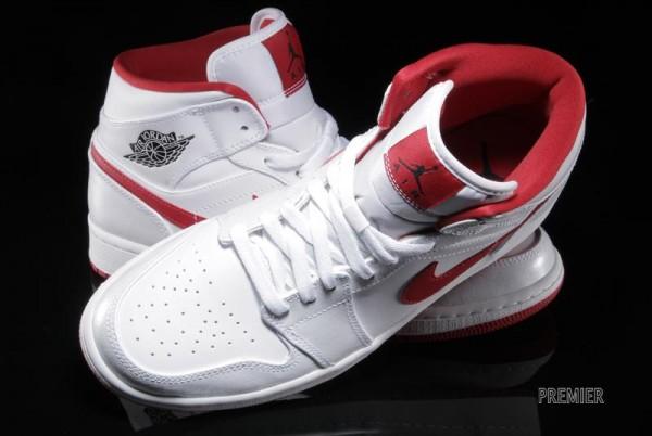 air-jordan-1-mid-white-black-gym-red-4