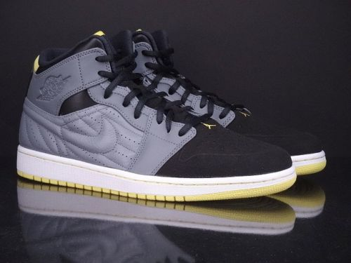 air-jordan-1-retro-99-cool-grey-vibrant-yellow-black-1
