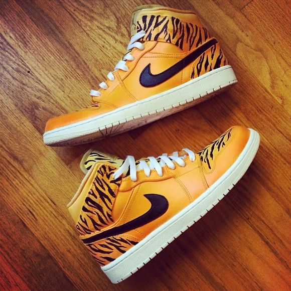 air-jordan-1-welcome-to-the-jungle-customs-by-v-a-b
