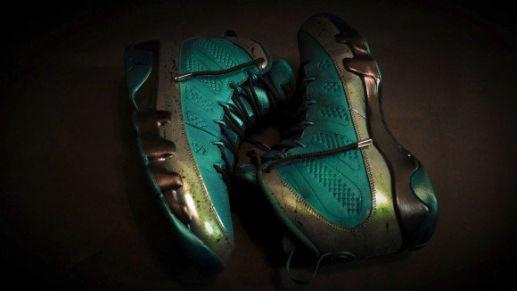 air-jordan-9-eagle-eye-customs-by-101-custom-kicks