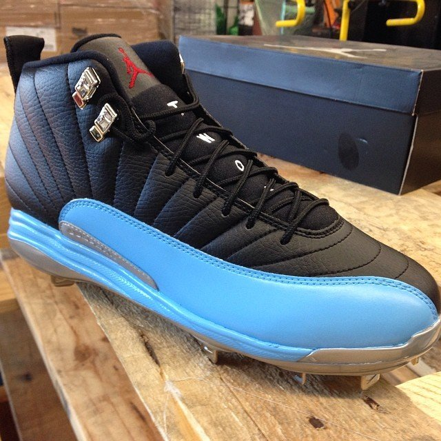 air-jordan-xii-12-fathers-day-baseball-cleats-1