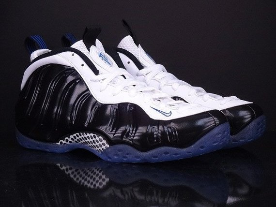 nike-air-foamposite-one-black-white-game-royal-another-look-2