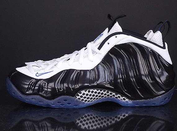 nike-air-foamposite-one-black-white-game-royal-another-look-3