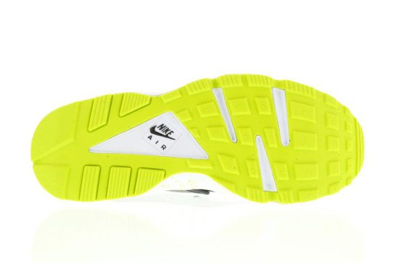 nike-air-huarache-black-venom-green-4