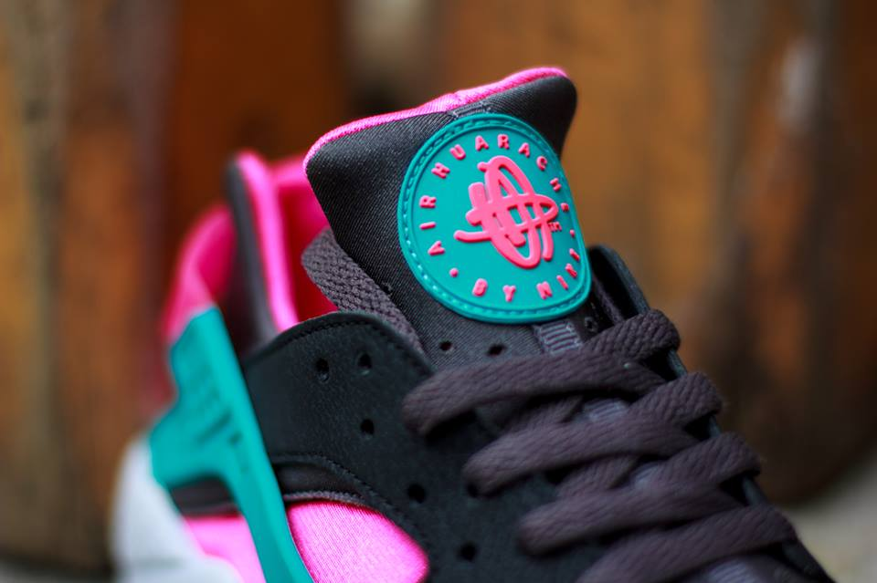 huge discount b8647 17a13 nike-air-huarache-hyper-pink-dusty-cactus-medium-