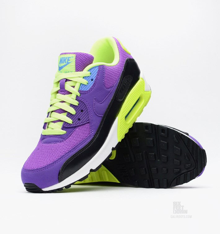 nike-air-max-90-essential-hyper-grape-hyper-grape-volt-photo-blue-5