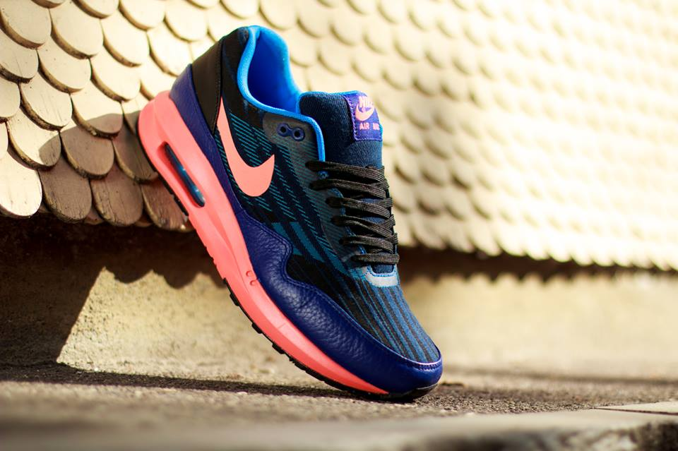 nike-air-max-lunar-1-jacquard-black-bright-mango-deep-royal-blue-photo-blue-1