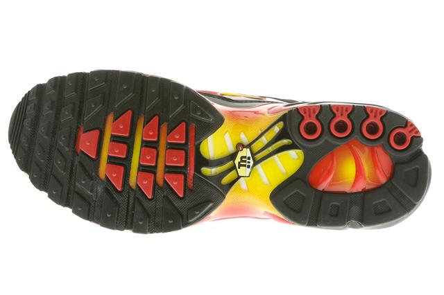 nike-air-max-plus-laser-crimson-tour-yellow-black-4